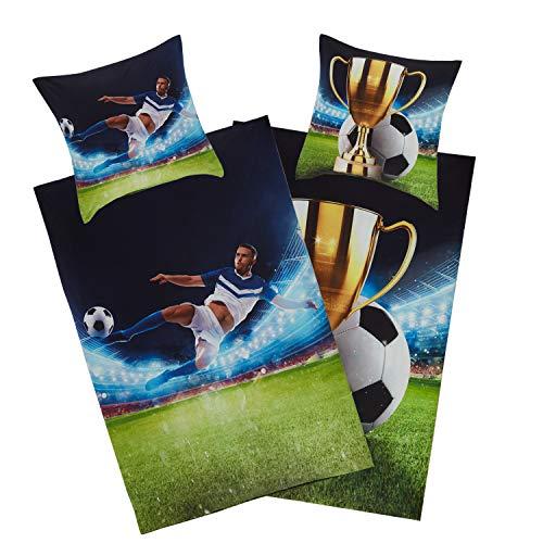 Aminata Kids - Bettwäsche Jungen 135x200 Junge Jugend - Fussball-Fan-Motiv Baumwolle - mit Pokal mit YKK Reißverschluss - Wende Teenager-Kinder-Bettwäsche-Set in grün blau