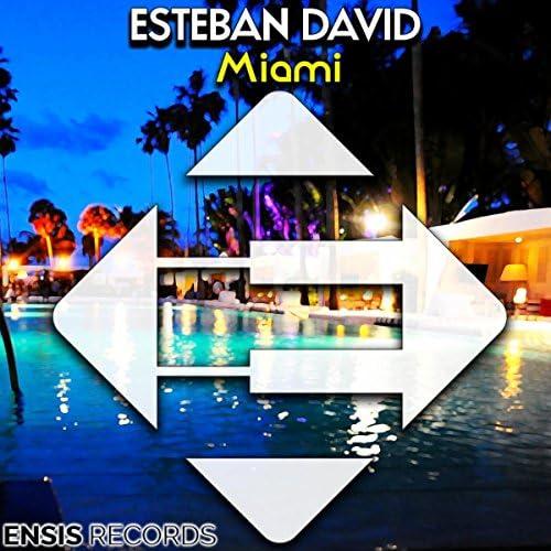 Esteban David