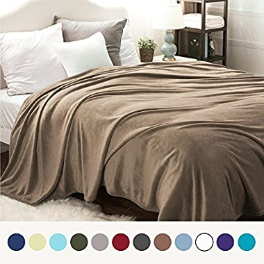 Bedsure Flannel Fleece Luxury Blanket Camel Queen Size Lightweight Cozy Plush Microfiber Solid Blanket