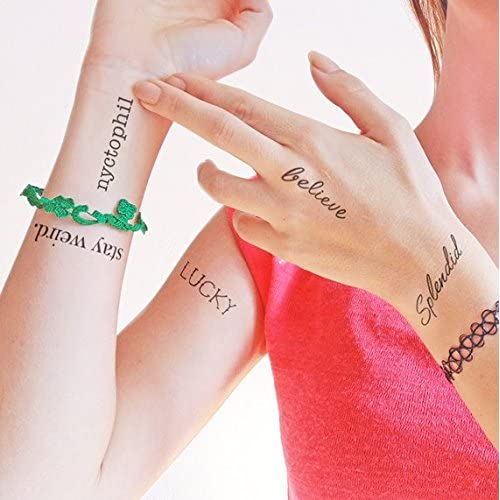 Set di parole - splendid - lucky - stay weird. - believe - nyctophil - Tatuaggi temporanei (set di 2)