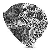 Lsjuee Unisex Soft Slouchy Beanie Knit Sombreros Monochrome Skull Roses Gorra larga holgada con calavera Invierno Verano Esquí Sombrero holgado
