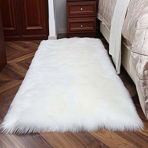 Topspitgo Faux Peau de Mouton Tapis, Poil Long Fourrure Douce synthétique Tapis antidérapant pour Salon Chambre canapé Tapis de Plancher (Blanc, 70x135cm)