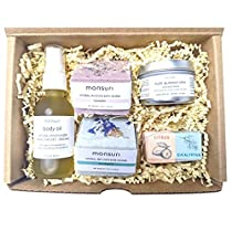 Luxury New Mom Gifts for Women: Self Care Package Home Spa Kit with Natural Bath Accessories and Beauty and Personal Care Products. Pregnancy Bath Soak, Mom Birthday Gifts, Spa Gift Baskets for Women