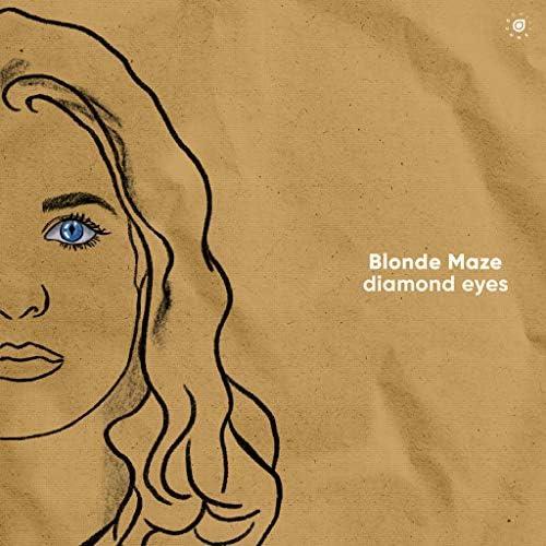 Blonde Maze