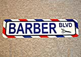 No Branded Cartel de metal BARBER BLVD tienda barbería poste estilista corte silla peluquería rayas decoración hombre cueva pared placa calle
