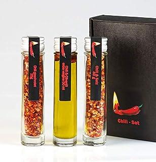 Chili-Set mit Chili-Öl, Chili-Salz und Chiliflocken im Geschenkcase