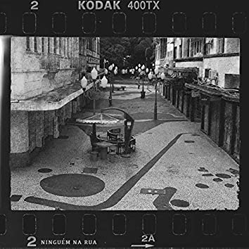Ninguém na Rua (feat. Xuan Arfenoni)