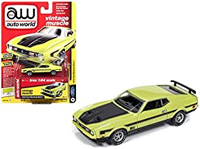 Auto World 1972 Ford Mustang Mach 1 Lime Green Black Stripes Vintage Muscle Limited Edition to 3,960 Pieces Worldwide 1/64 Diecast Model Car 64192/AWSP016B