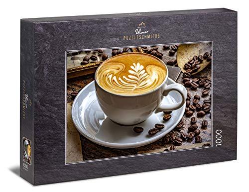 """Ulmer Puzzleschmiede - Puzzle """"Aroma""""– Klassisches 1000 Teile Puzzle – Puzzlemotiv Tasse Kaffee Latte mit Bohnen vor Vintage-Hintergrund"""