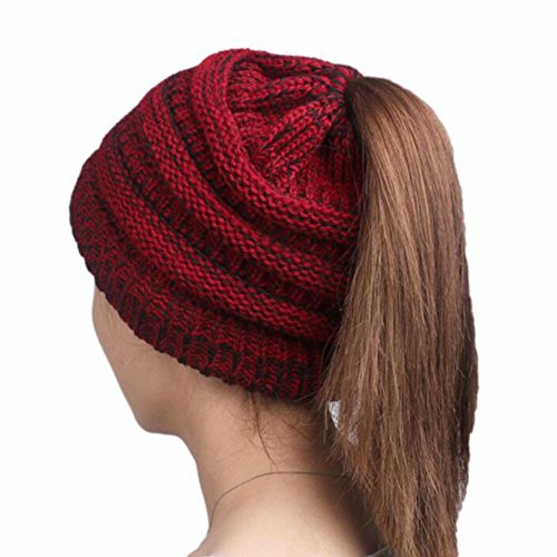 Boolavard BeanieTail Soft Stretch Cable Knit Messy High Bun Ponytail Beanie Hat Cappello (Rosso)