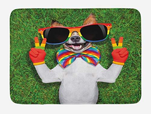 Pride - Alfombrilla de baño con diseño de perro gay tumbado en la hierba y signos de paz gigantes, 40 x 60 cm, color verde y blanco