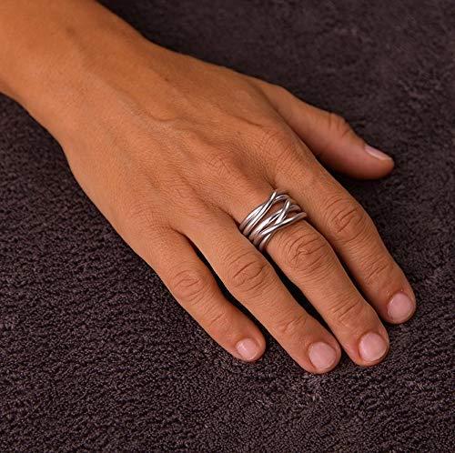 Anello in alluminio anodizzato,interamente fatto a mano,anallergico,inossidabile,leggero.In tutte le misure dalla 6 alla 30.Modello Nodo Lunare Argento Opaco.