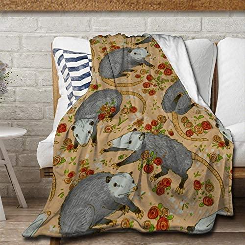Befuddled Possums - Manta de franela con flores, suave y cálida y esponjosa, microfibra ligera para cama, sofá, silla, sala de estar, 150 x 100 pulgadas para adolescentes