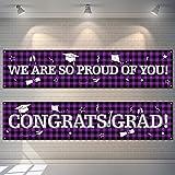2 Pancartas Telón de Fondo de Fiesta de Graduación Bandera Colgantes de Cuadros de Búfalo Bandera de Señal de Congrats Grad de Tela Grande Fondo de We are So Proud of You (Púrpura)