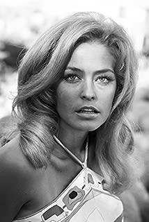 Farrah Fawcett Beautiful Early 1970'S Portrait 24x18 Poster