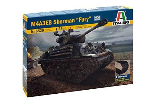 Carson 510006529 - 1:35 M4A3E8 Sherman, Fury, Panzer