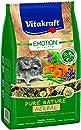 Vitakraft Alleinfutter für Chinchillas, Ausgewogene Futtermischung mit Kräuter-Nuggets, Getreidefrei, Emotion Pure Nature Herbal