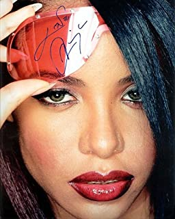 Aaliyah Autographed Preprint Signed Photo 6