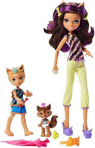 Monster High Mattel FCV81 - Family Puppe-Set Schlafenszeit-Spaß! Clawdeen mit Bruder Barker und Schwester Weredith