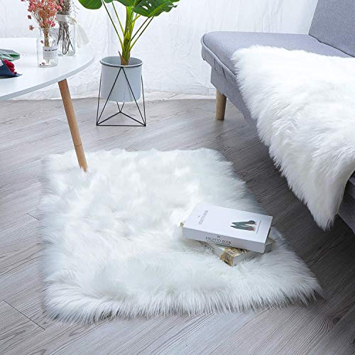 QHWLKJ Faux Sheepskin Fur Rug Soft Fluffy Carpets Chair Couch Cover Seat Area Rugs for Bedroom Sofa Floor Living Room (Square:2.5 x 4 ft, White)