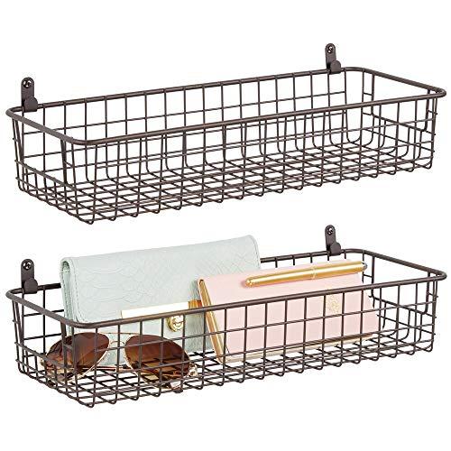 mDesign 2er-Set Wandregal aus Metall – kleiner Ablagekorb für Flur, Schlafzimmer und andere Räume – Organizer für Briefe, Geldbörsen, Sonnenbrillen oder Badaccessoires – bronzefarben
