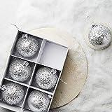 Butlers Hang ON - 6X Glasanhänger mit Sternen Ø 8 cm - Weihnachtskugel in Silber - Baumschmuck aus Glas - Weihnachtsdeko für den Christbaum