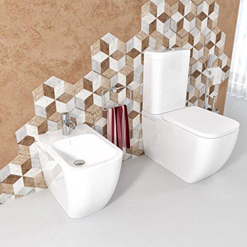 Sanitari bagno Bidet e Vaso WC monoblocco filomuro a terra con coprivaso sedile softclose. Legend