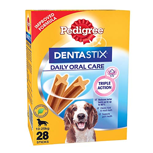 Pedigree Dentastix Medium Breed (10-25 kg) Oral Care Dog Treat, 720g Monthly Pack (28 Chew Sticks)