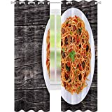 YUAZHOQI Cortina opaca aislante térmica para pasta espaguetis con salsa de tomate alcaparras y aceitunas en placa en mesa de madera oscura tradicional Italia 132 x 213 cm cortinas para dormitorio