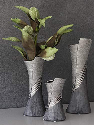 GILDE Moderne Vase Keramikvase Tischvase Dekovase Vase grau silber mit Relifierung, 8x10x19 cm