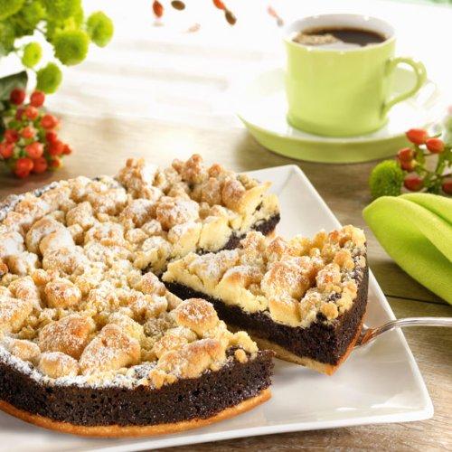 Schlesischer Mohnkuchen (800g ca. 20 cm Ø) Wochenfrische Butter, unbehandeltes Mehl, beste Zutaten und echte Vanille geben Boden und Streuseln das feine Aroma.