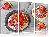 Pixxprint Süße Erdbeertörtchen / 3-Teilig/Gesamtmaß 120cm Leinwandbild bespannt auf...