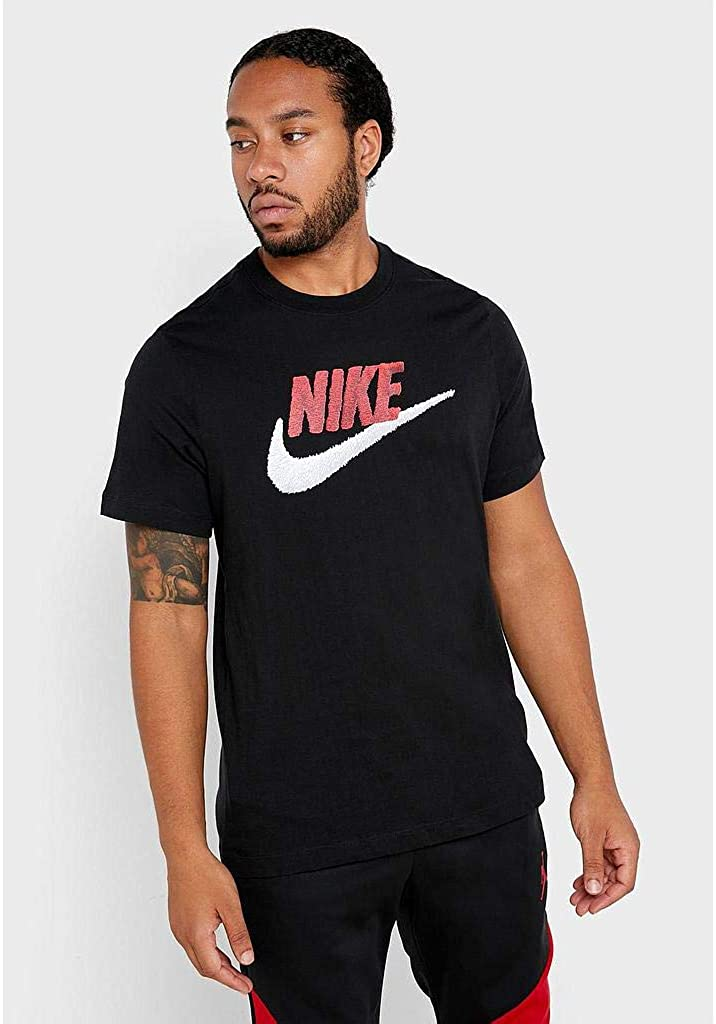 Nike Sportswear Men's Challenge the High order lowest price of Japan T-Shirt