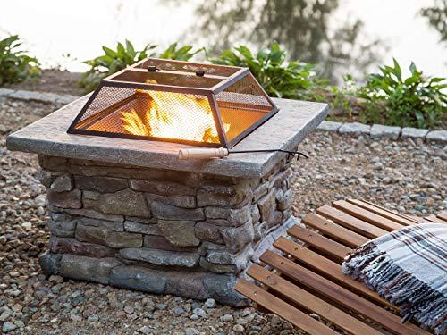 Praktische Feuerstelle mit Gitter Leichtbeton dunkler Stein quadratisch Kelud