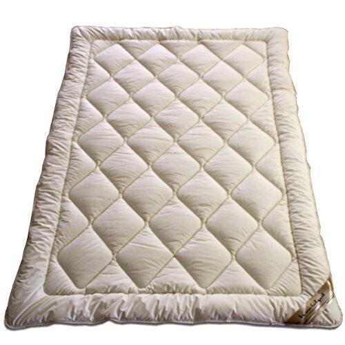 Meivita Merino Schaf-Schurwoll Ganzjahresdecke mit Zirbe in 135x200 cm Ganzjahresbett Steppdecke Bett-Decke Zirbenholz Spänen