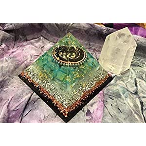 Triple Orgone Anti Stress Generator Green Calcite, Shungite Pyramid