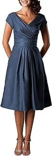 فستان لوالدة العروس قصير الرقبة برقبة على شكل حرف V فستان قصير طويل الأكمام للحفلات الرسمية للنساء