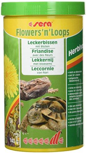 sera Flowers'n'Loops 1000 ml ist der Leckerbissen aus einer Mischung von duftenden, getrockneten Blüten (50 %) & schonend hergestellten Loops für Landschildkröten und andere herbivore Reptilien