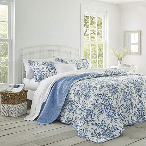 Laura Ashley Home | Bedford Collection | Luxury Premium Ultra Soft Quilt Coverlet, Comfortable 3 Piece Bedding Set, All Season Stylish Bedspread, King, Delft