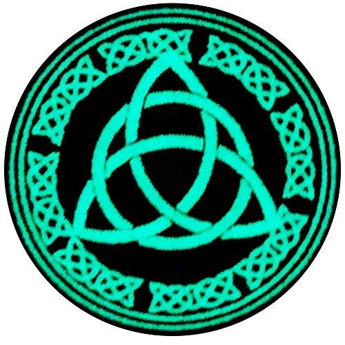 La protección del nudo celta del flujo eterno de energía y tiempo Broche Bordado de Gancho y Resplandor en el parche oscuro de Gancho y bucle de cierre