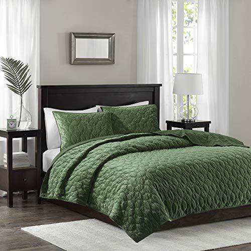 Madison Park Harper Quilt Set-Faux Velvet Casual Geometric Stitching Design All Season, Lightweight Coverlet, Cozy Bedding, Matching Shams, King/Cal King(104'x94'), Green 3 Piece