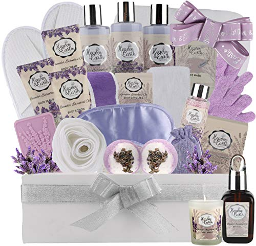 Deluxe XL Spa Gift Basket for Women! Natural Lavender Chamomile Spa Bath Set Infused with Essential Oils. Sulfate Free Spa Gift Set to Soothe & Moisturize your Skin (Lavender)