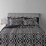 Amazon Basics 7-Piece Light-Weight Microfiber Bed-In-A-Bag Comforter Bedding Set - Full/Queen, Black Aztec