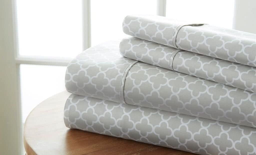 Super special price Becky Cameron Patterned 4 Piece King Gray Set Max 59% OFF Quatrefoil Sheet