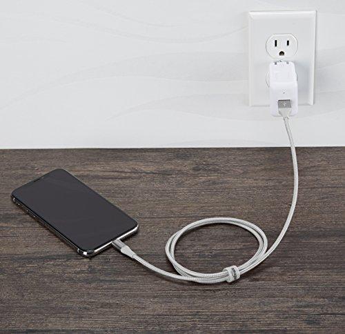 Amazon Basics - USB-A auf Lightning-Kabel mit doppelt geflochtenem Nylon - Apple MFi-zertifiziert, Silberfarben, 0,9 meters