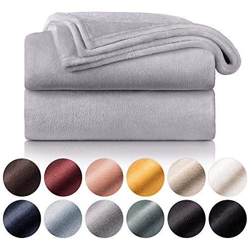 Blumtal Manta de Microfibra Suave y Acolchada: Manta Polar súper Suave, Manta de sofá, Manta de Cama, Colcha o Manta de Sala de Estar, 150 x 200 cm, Gris