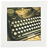 3dRose LLC Continental Typewriter 10 by 10-Inch Quilt, Square