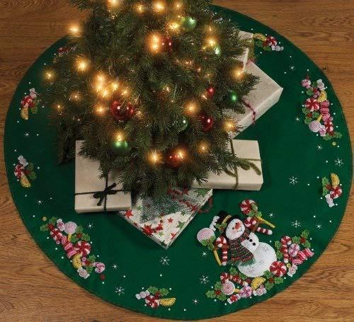 Bucilla - Candy Snowman Tree Skirt Felt Applique Kit