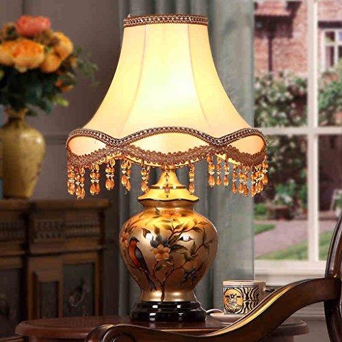 Bonne chose lampe de table Lampe de table européenne Lampe de nuit à la chambre à coucher Lampe de table en céramique Lampe de table à rétro luxe nostalgique