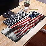 Gaming Mauspad - 600 x 350 mm,Amerikanische Flagge, Fahne im Himmel auf bewölktem Nebel-Anzeigen-nationalem Symbol stolz a,Vernähte Kanten - rutschfest - Mousepad mit Einer Gummiunterseite...